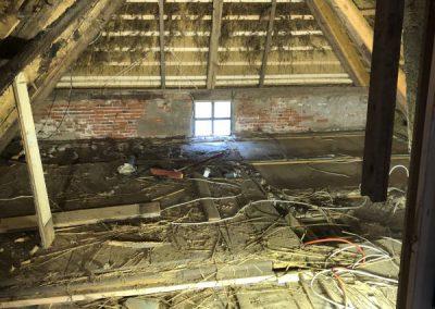 Dachbodenausbau historisches Reethaus